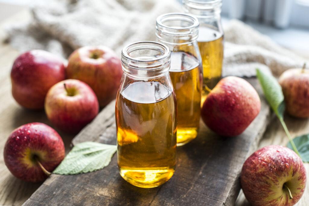 Vinagre de maçã nas Unhas: Crescimento e Fortalecimento